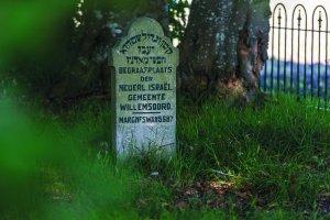 Gedenksteen op de Joodse begraafplaats in Willemsoord NL, James van Leuven